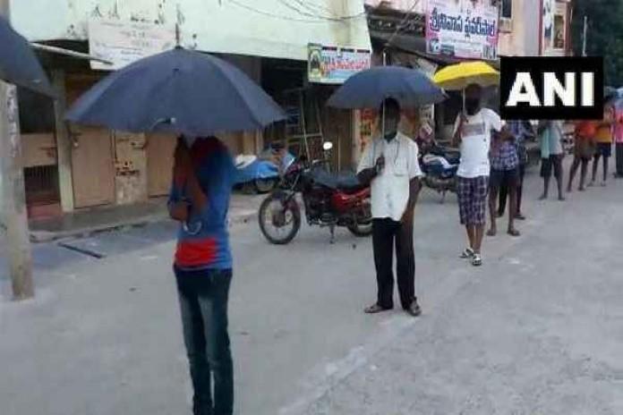umbrella-liquor-shops in tripura for social distancing